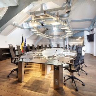 De ministerraadzaal (© FOD Kanselarij van de Eerste Minister) / La salle du Conseil des ministres (© SPF Chancellerie du Premier ministre)