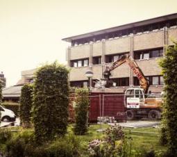 Hasselt - Vlaanderen Regio Oost - Sloopwerken Provinciehuis   Hasselt - Vlaanderen Regio Oost - Travaux de démolition - Palais provincial