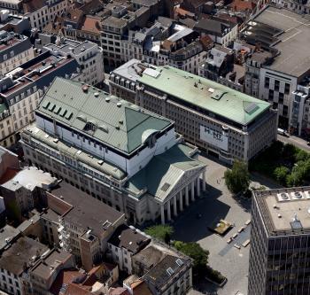 Brussel - Koninklijke Muntschouwburg - Luchtfoto | Bruxelles - Théâtre royal de la Monnaie - Vue aérienne